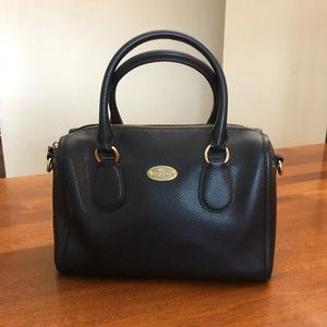COACH | Navy blue vintage small crossbody purse with detachable strap